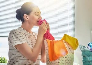6 Tips for Getting Rid of Storage Odors in Clothing